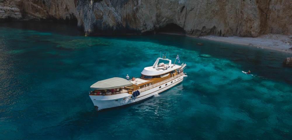 amanda-yacht.photo_1.jpg