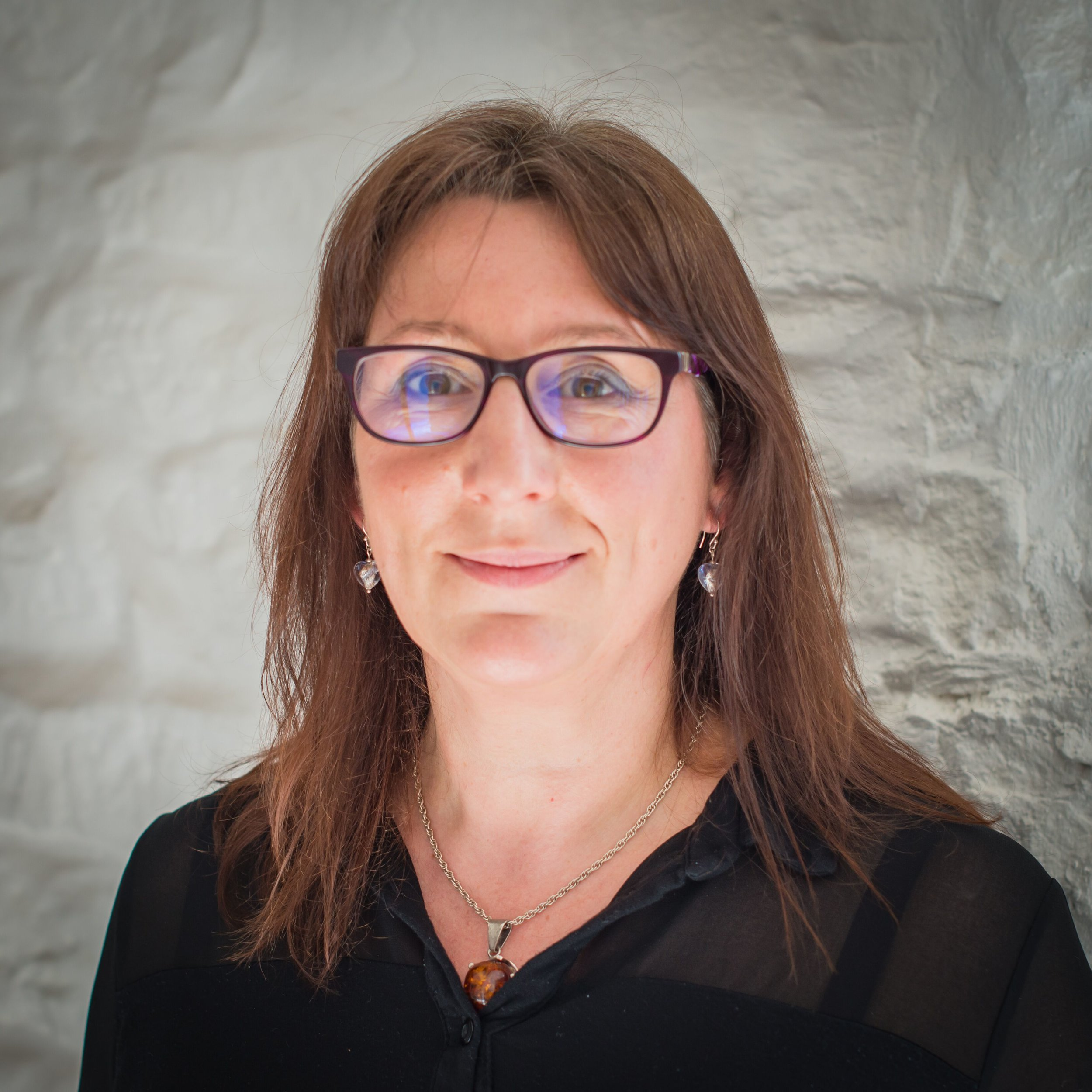 Christine Jackson - Clinical Reflexologist, BSc (hons) BA (hons) MAR CNHC