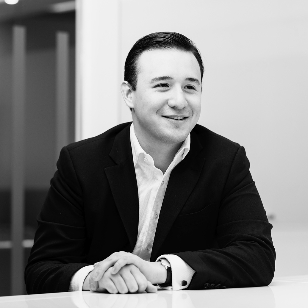 Lucas Wessling focuses on financial and strategic analysis across the target identification and investment processes.  Lucas joined Hanover in July 2018. Lucas started his career as an Investment Banking Analyst at J.P. Morgan. Lucas holds a BA in English from the University of Oxford.