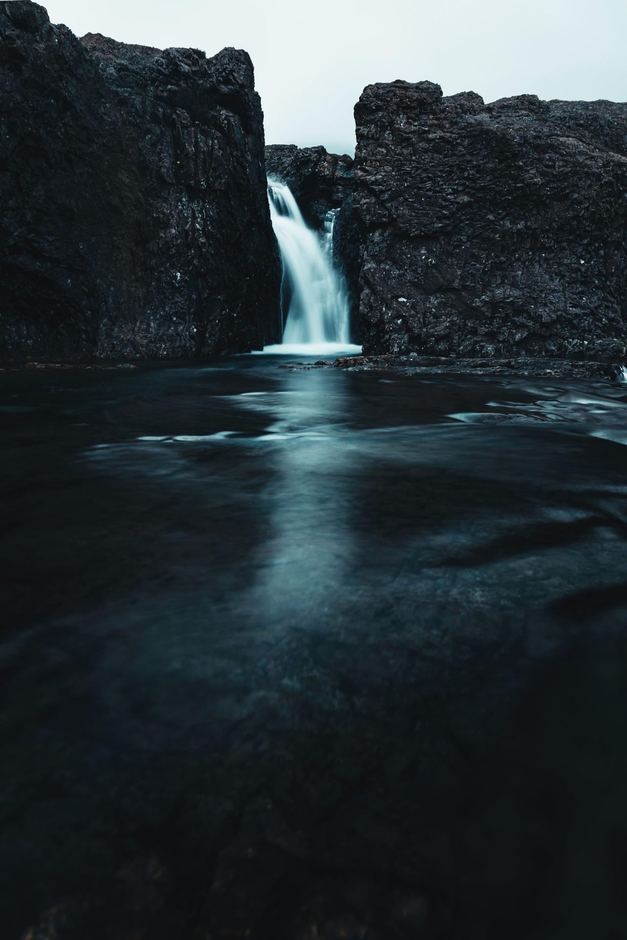 fairy pools waterfall.jpg