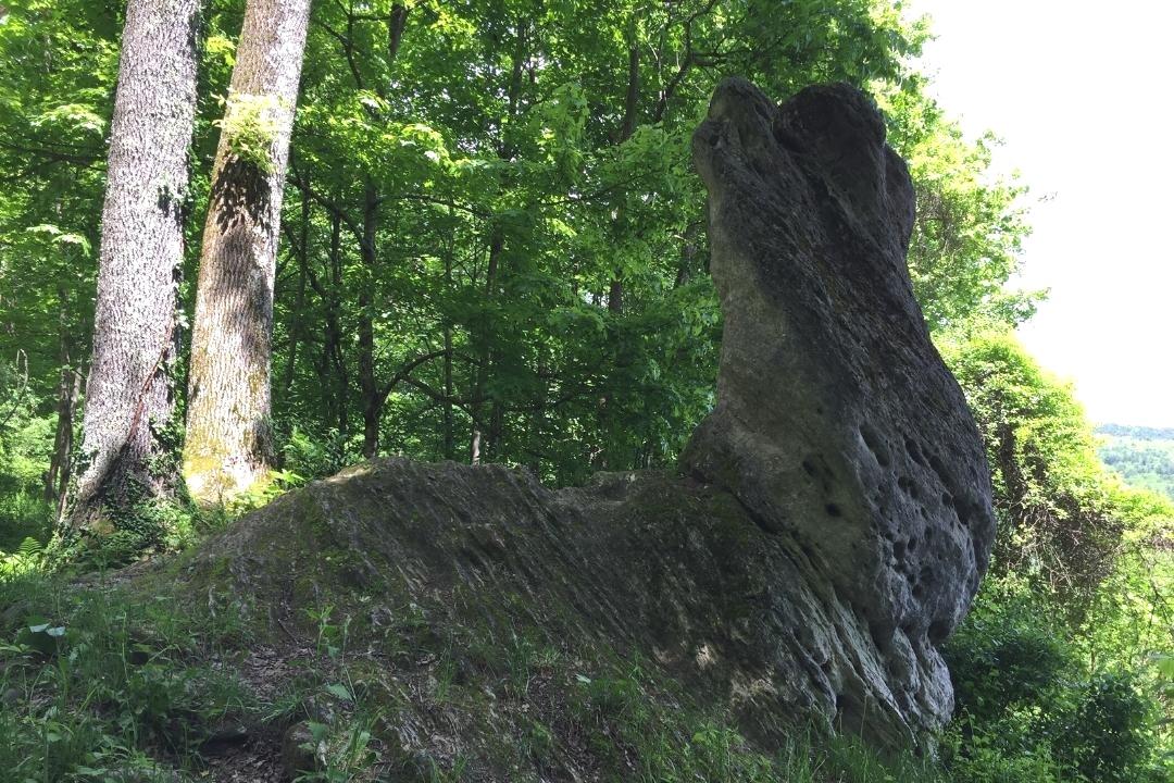 Tyringham Cobble, Rabbit Rock