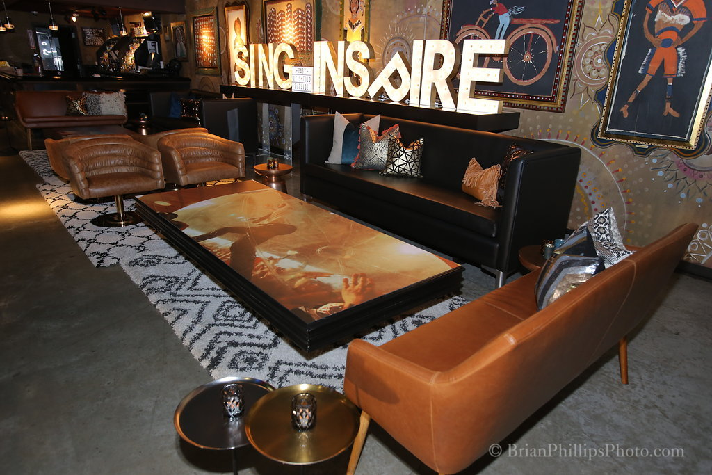 2 sing inspire lounge with bench.JPG