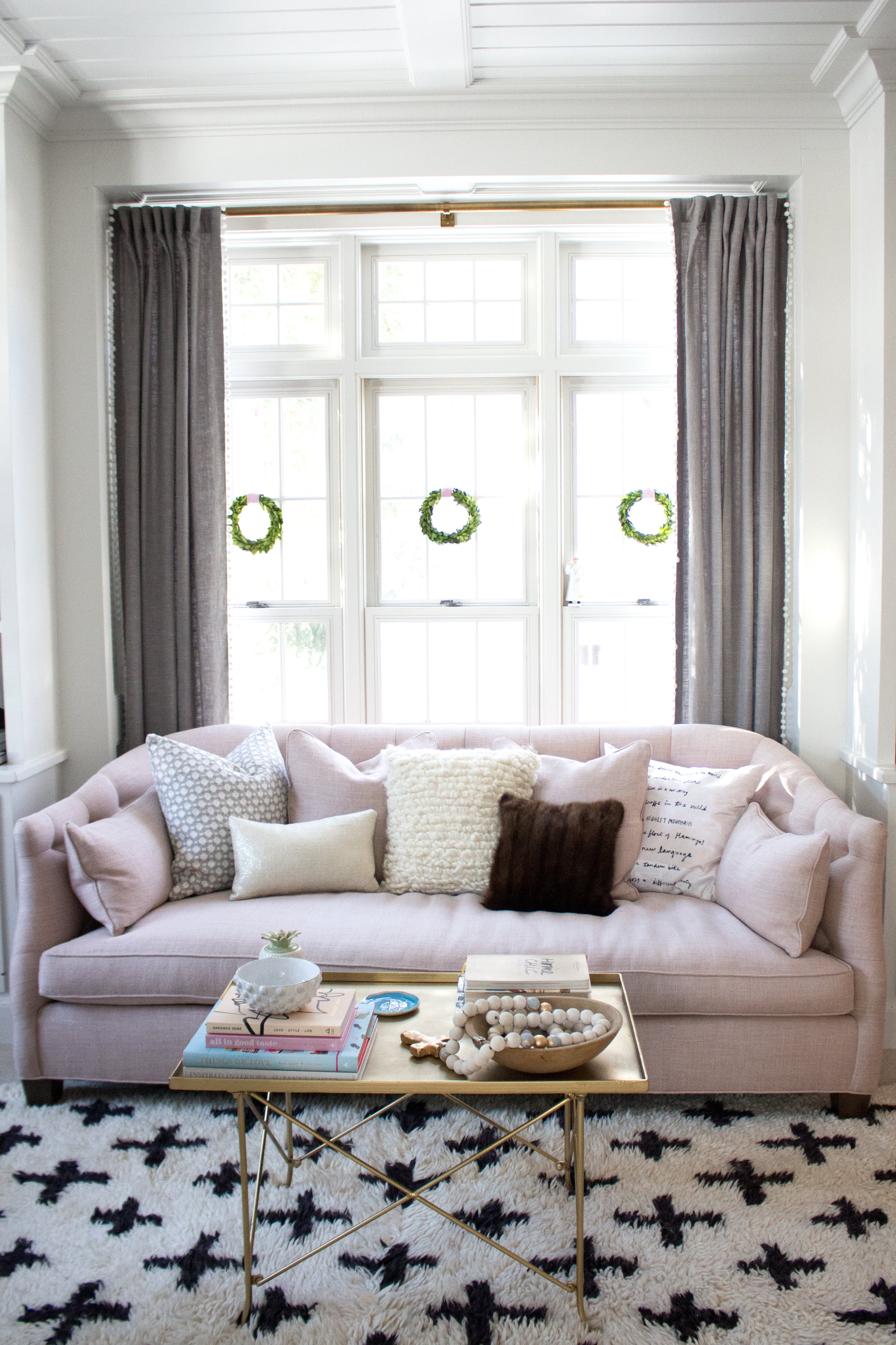 pink couch 2.jpg