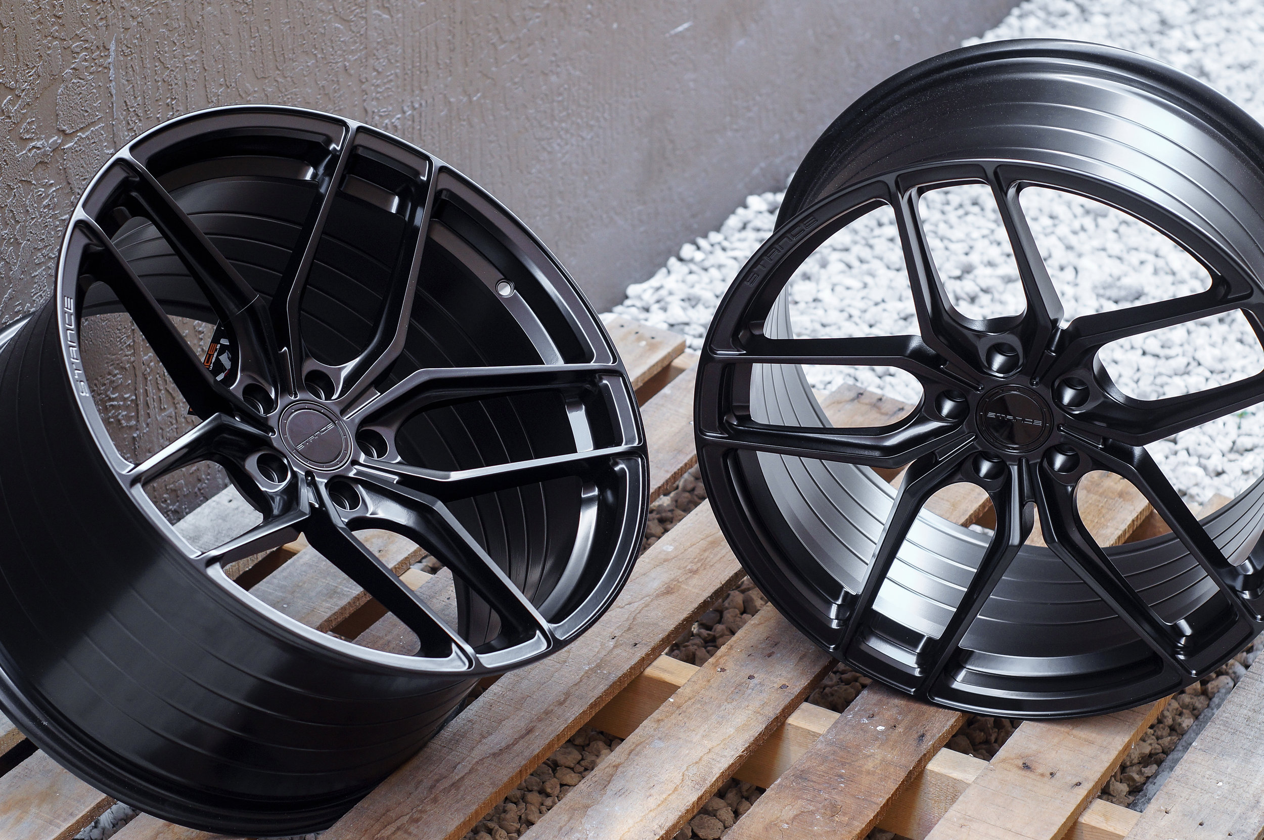 Offering Custom Forged Multi-Piece & Monoblock Wheels From Top Manufacturers. Get Expert Fitment Today! -