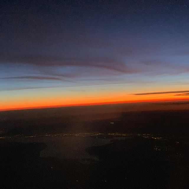 Sunrise with @vegas in the background as we make our way  from Maui to Denver.