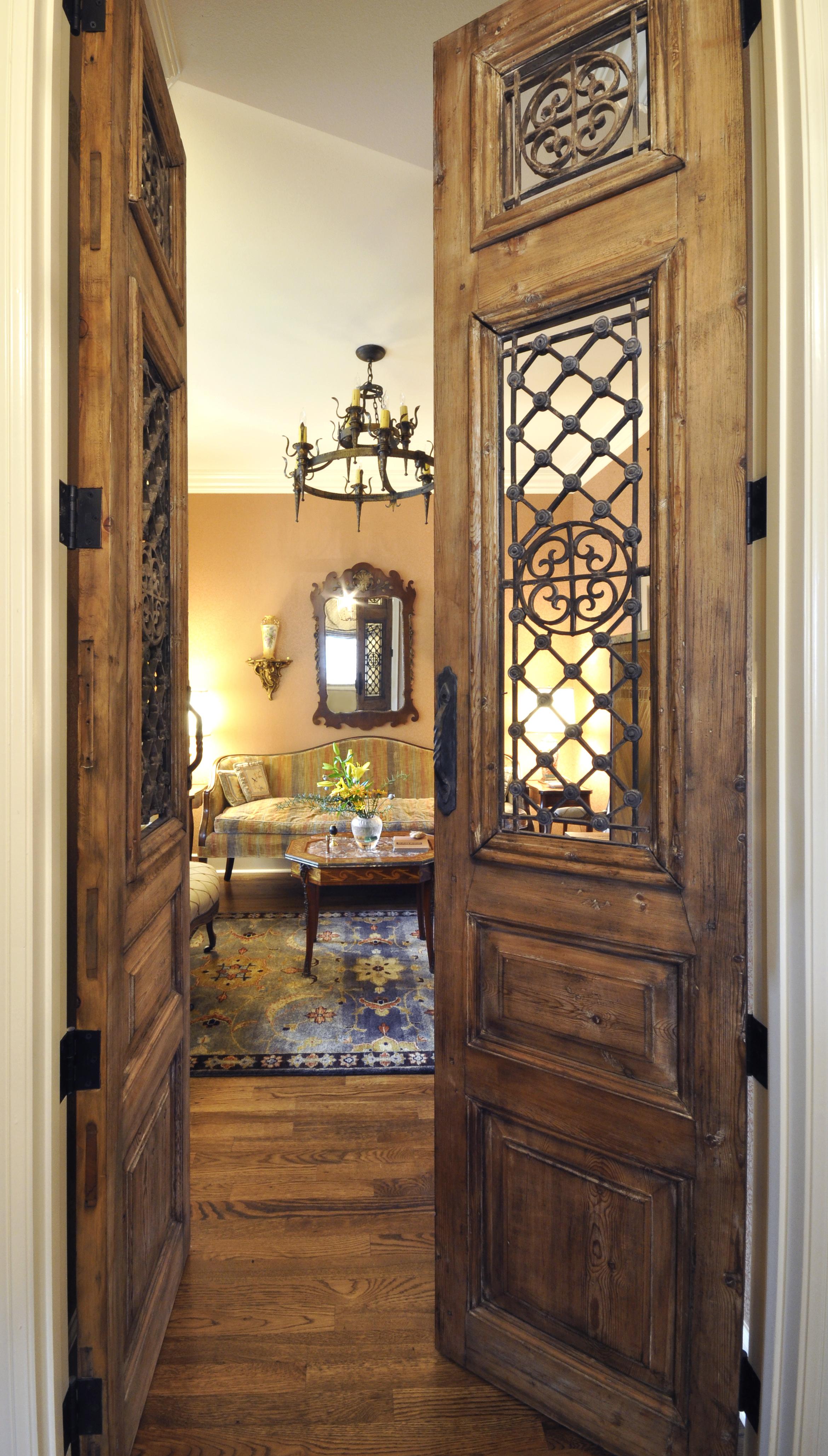 1 Davis_doorway.jpg