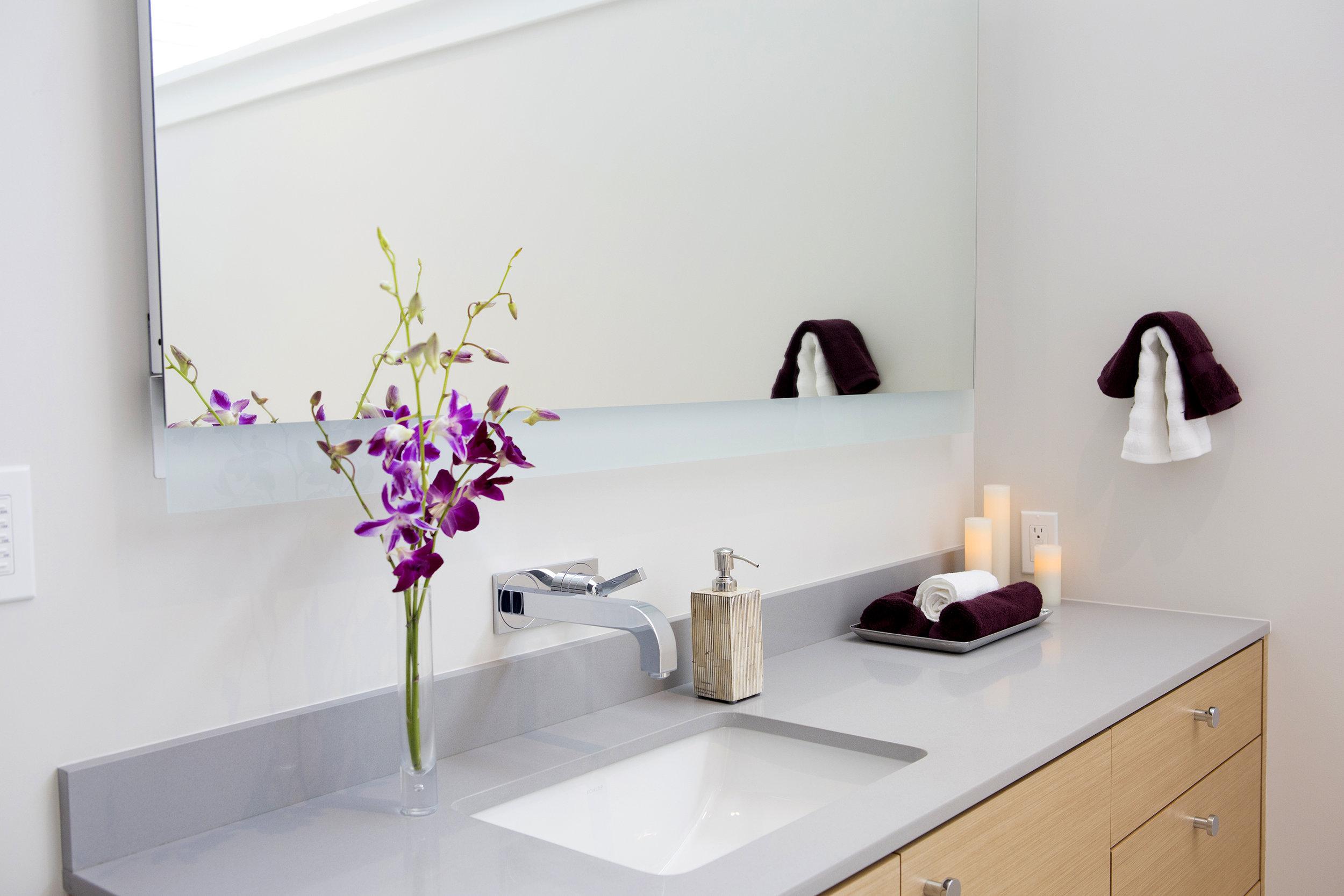 mirror sink.jpg