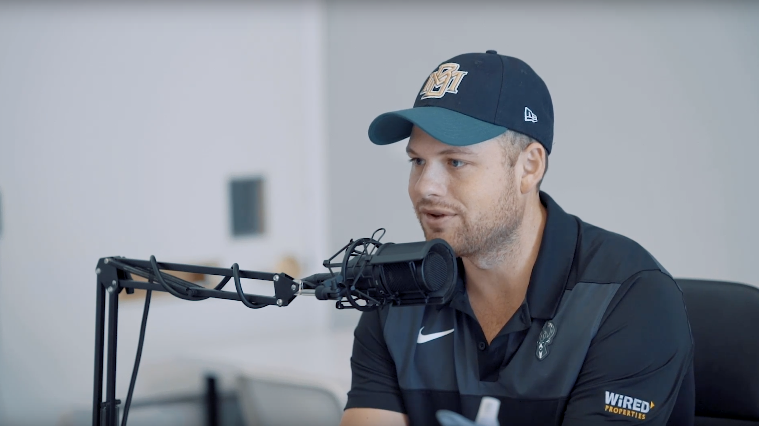 The Richie Burke Story - Collecting golf balls from yards and selling them at a young age was just the start for the founder of GoGeddit Marketing & Media. After multiple setbacks, Richie Burke dives into how he has built GoGeddit Marketing & Media from scratch.