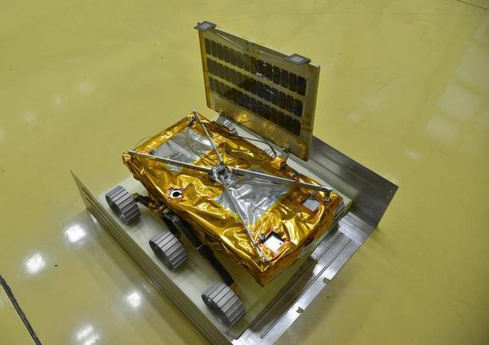 The Chandrayaan-2 rover that will semi-autonomously explore regions of the Lunar South Pole. The rover is expected to survive for 15 days on the surface. Credit: K.Murali Kumar