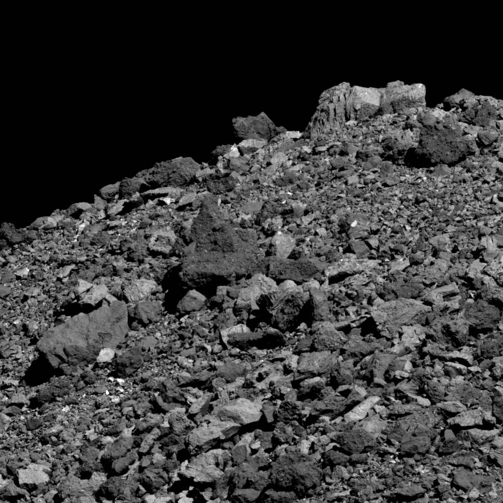 This image shows the wide variety of boulder shapes, sizes and compositions found on asteroid Bennu. There are notable similarities between the asteroid Bennu and carbonaceous chondrites meteorites. Credit: NASA/Goddard/University of Arizona.