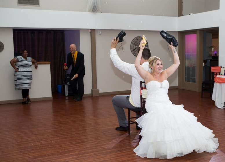 Royal Cliff DJ Included in your wedding package