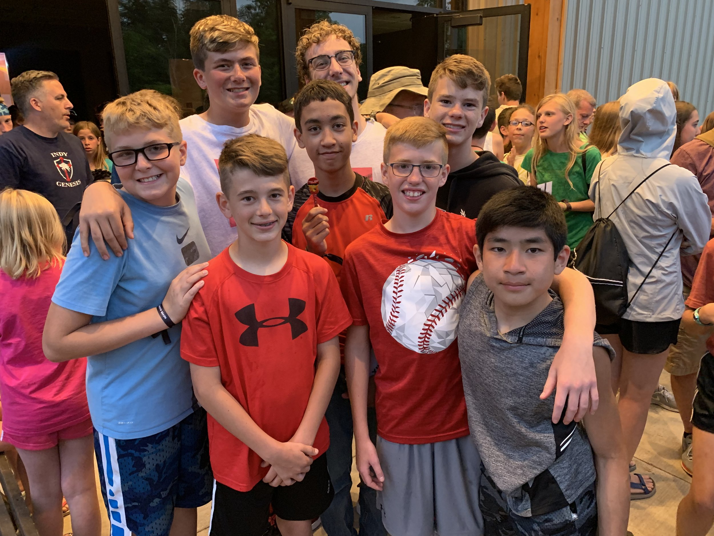 MIDDLE SCHOOL - Our 5th-8th grade ministry is high-energy, relational and tailored for students who are transitioning from childhood to adolescence. The Middle School Ministry meets at 10:45 am on Sunday mornings in our middle school environment called The Block.