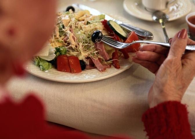 senior eating lunch.jpg