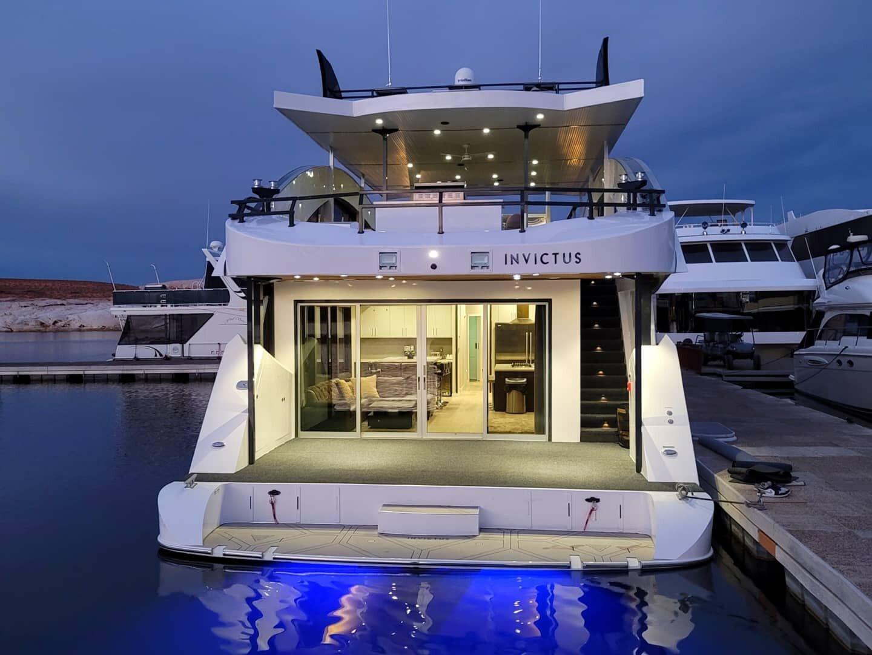 Bravada Yachts Luxury Houseboats