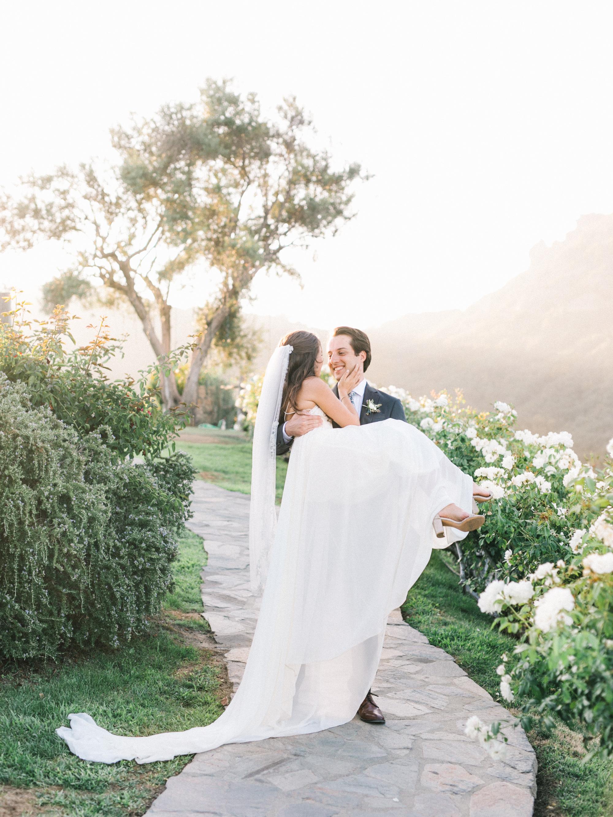 elizabeth-micah-wedding-483.jpg