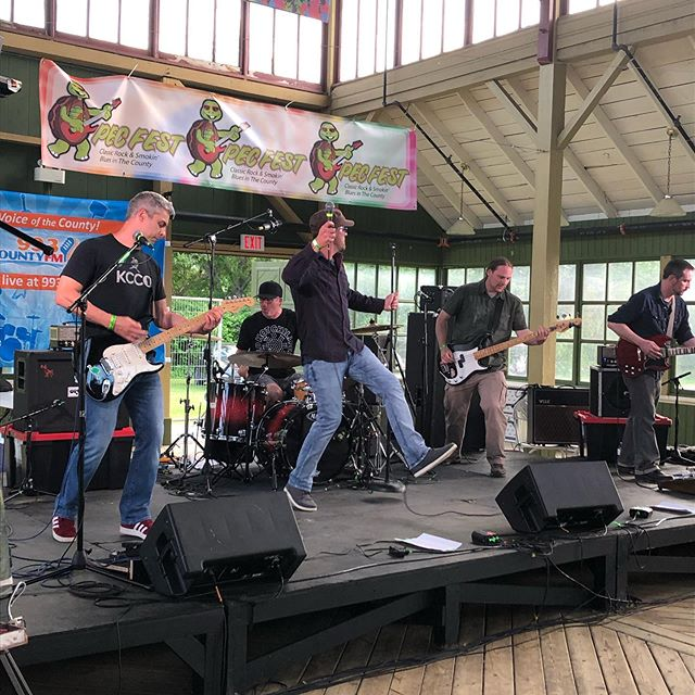 Killer opening set for @PECFest2019 from @the_fimisters #rocknbluesinthecounty #live #pictonontario