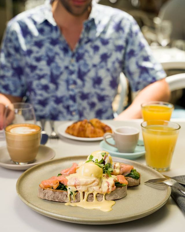 An unbeatable weekend lineup. Eggs benedict on organic granary loaf with wilted greens, hollandaise, and smoked salmon. Throw in a freshly squeezed orange juice and a speciality coffee and you're in paradise.