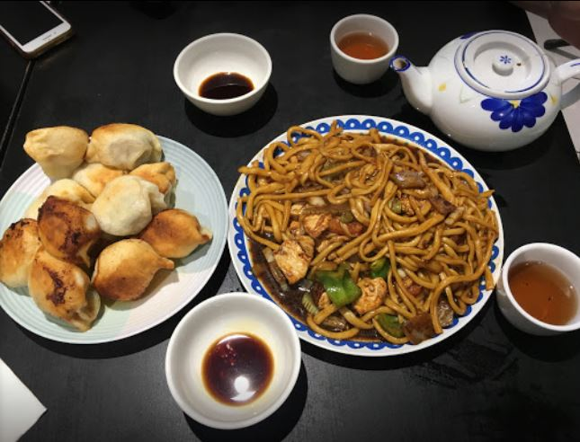 Chinese noodle restaurant.JPG