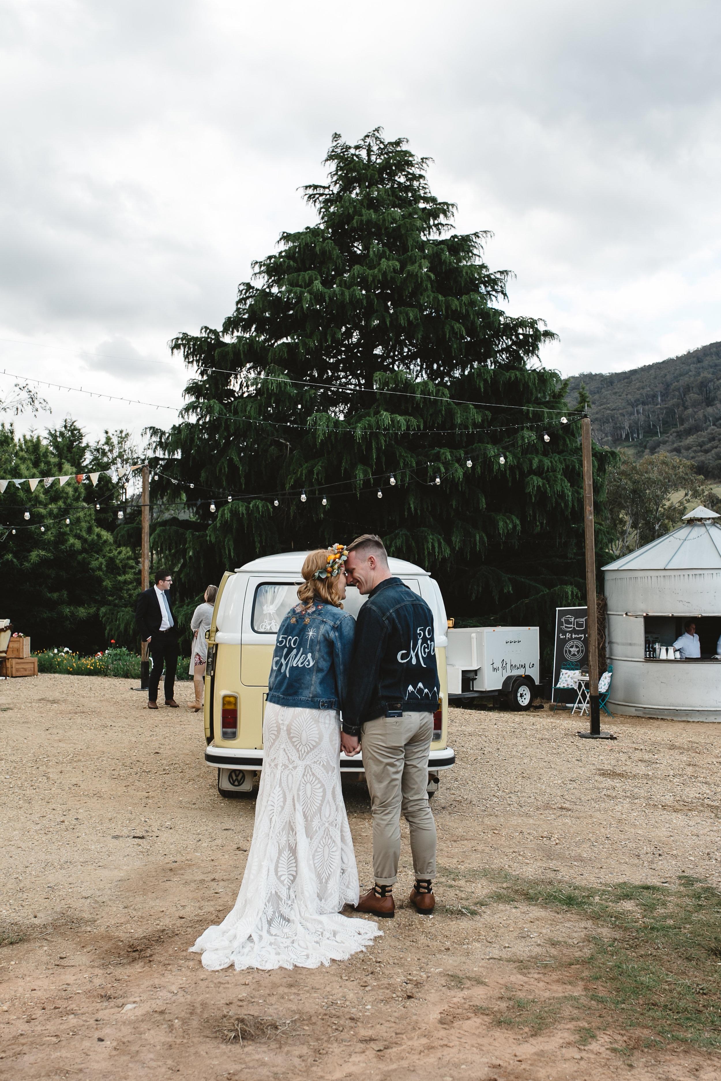 Wedding photography outdoors in the Mornington peninsula