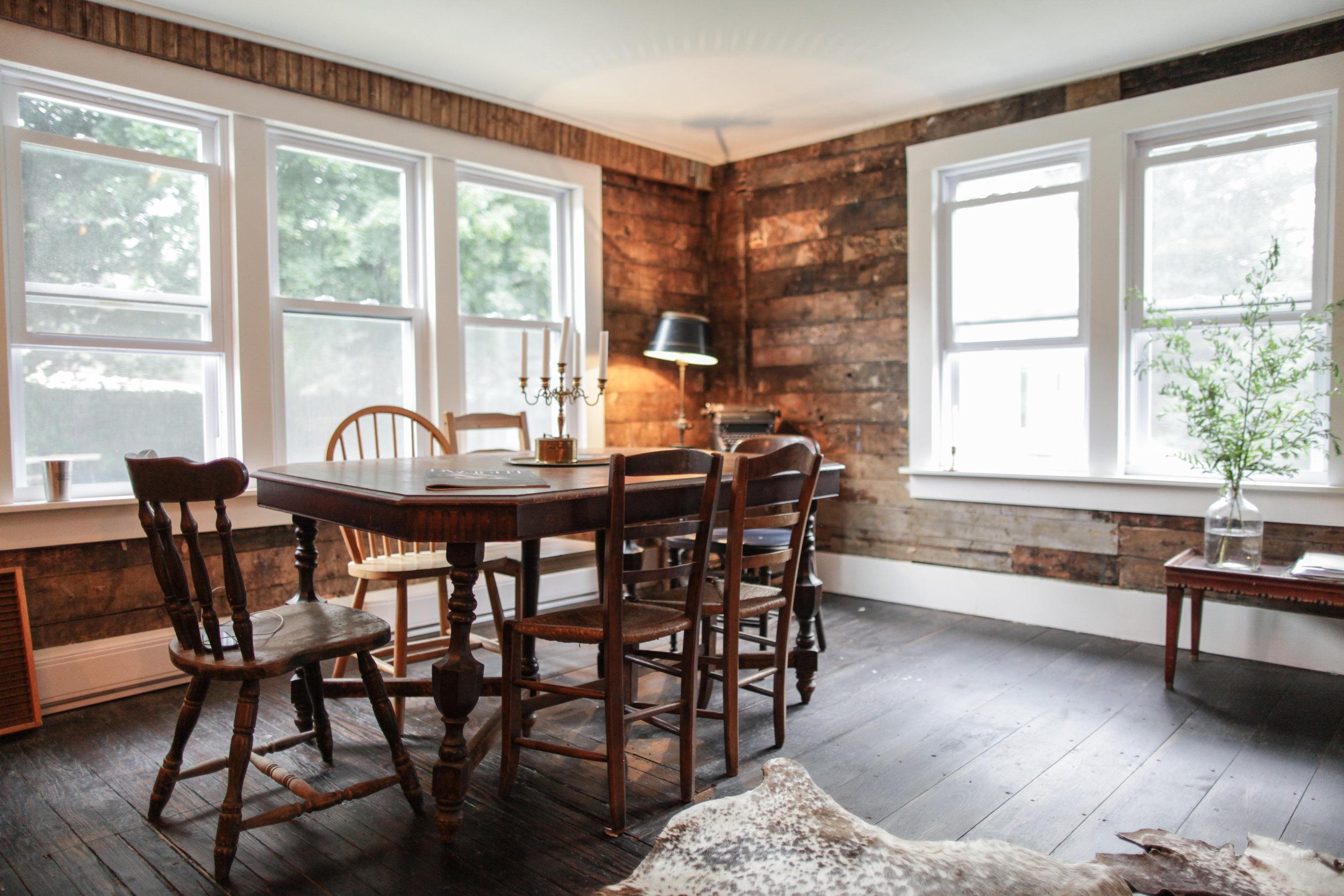 Livingston Lodge Livingroom Dinner Table.jpg