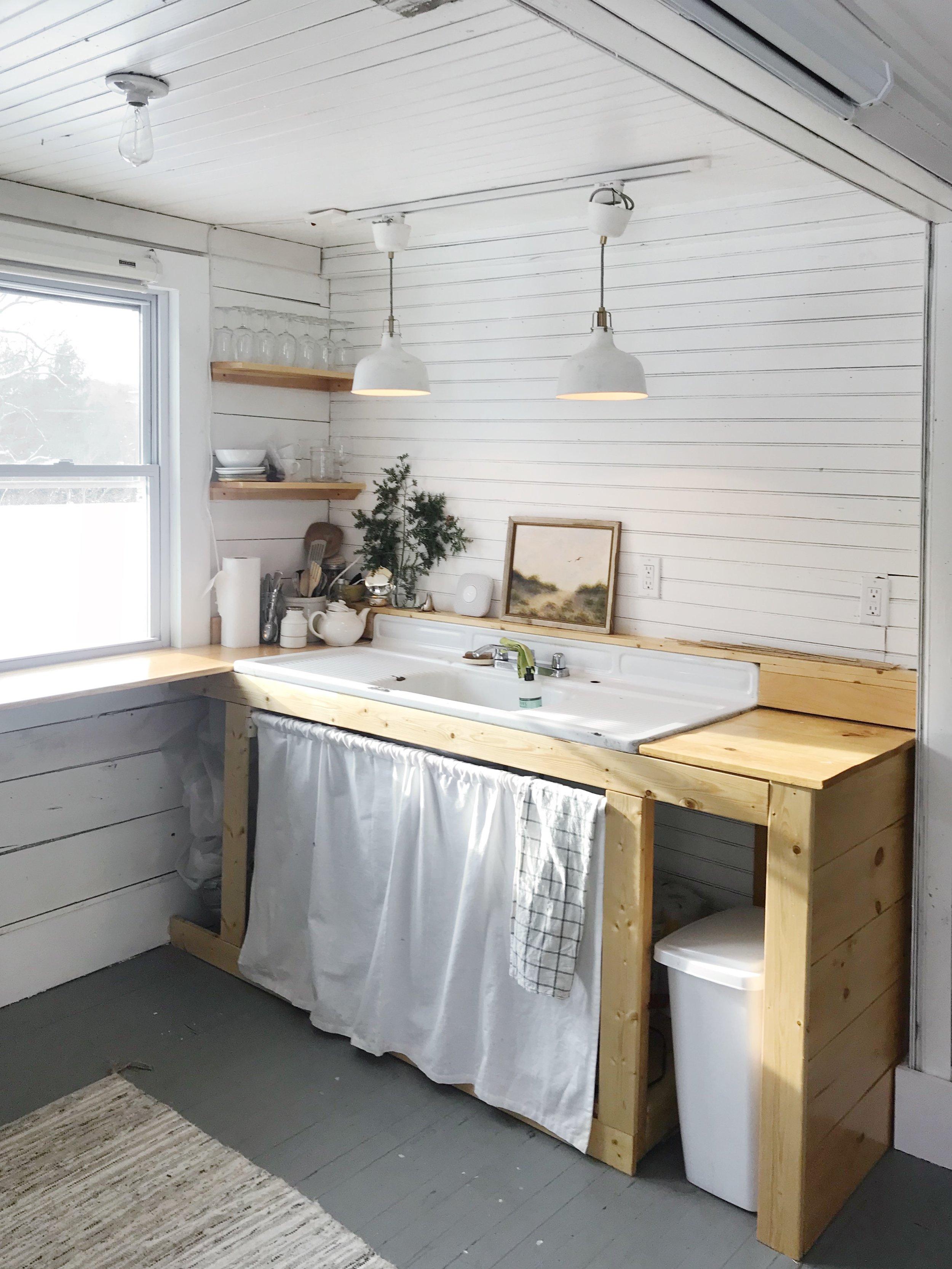 RedCottage_LMFFC_Loft_kitchen.JPG