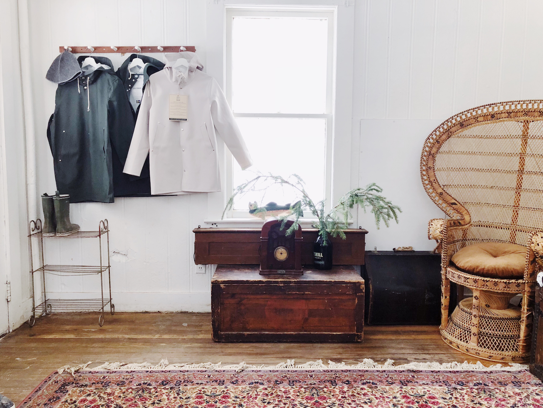RedCottage_LMFFC_Cottage_Livingroom2.jpg