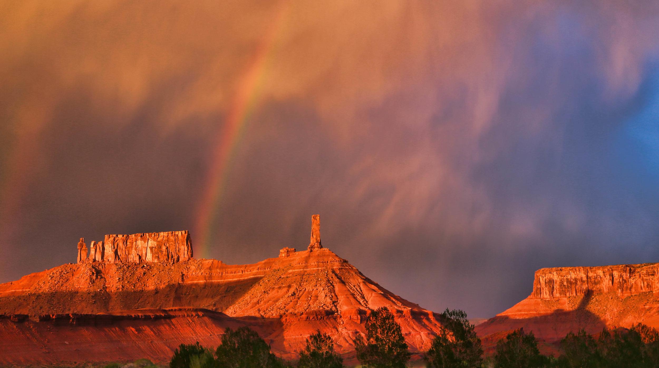 vibrant sunset FH0A8619.jpg