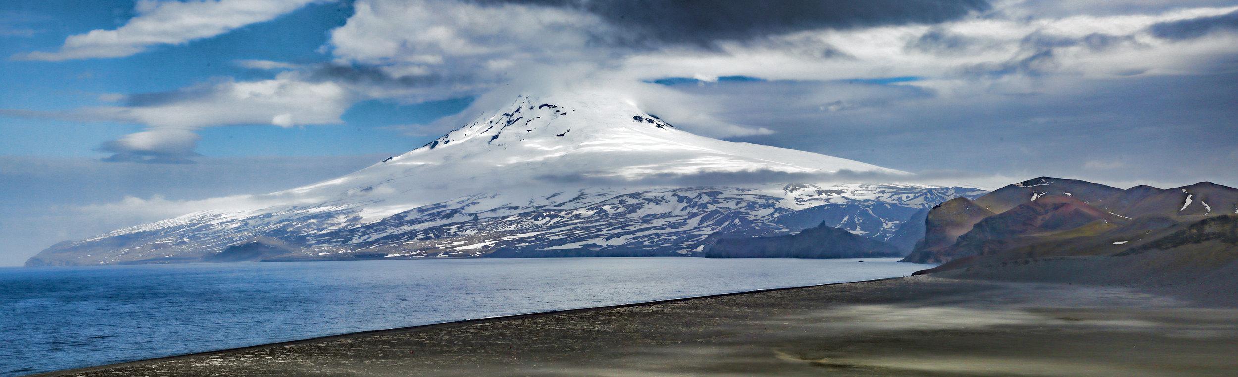 Beerenberg volcano, rising to 2,277 m (7,470 feet) above sea level.