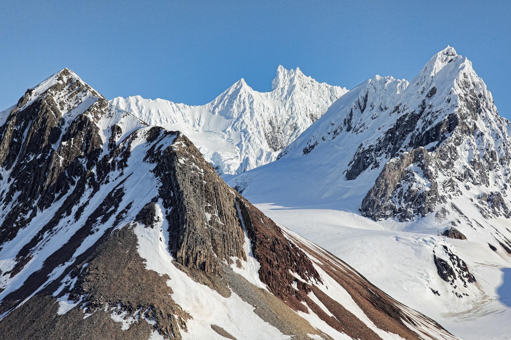 Spectacular alpine geology.