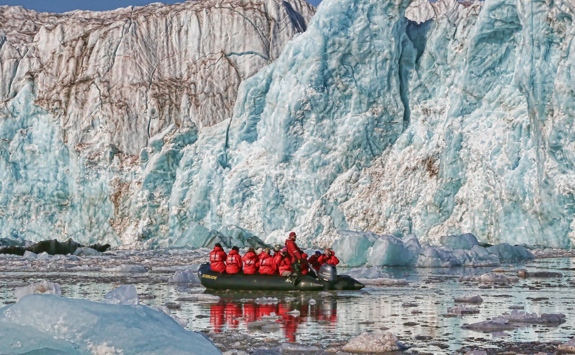 zodiac-cruise-ice-front.jpg