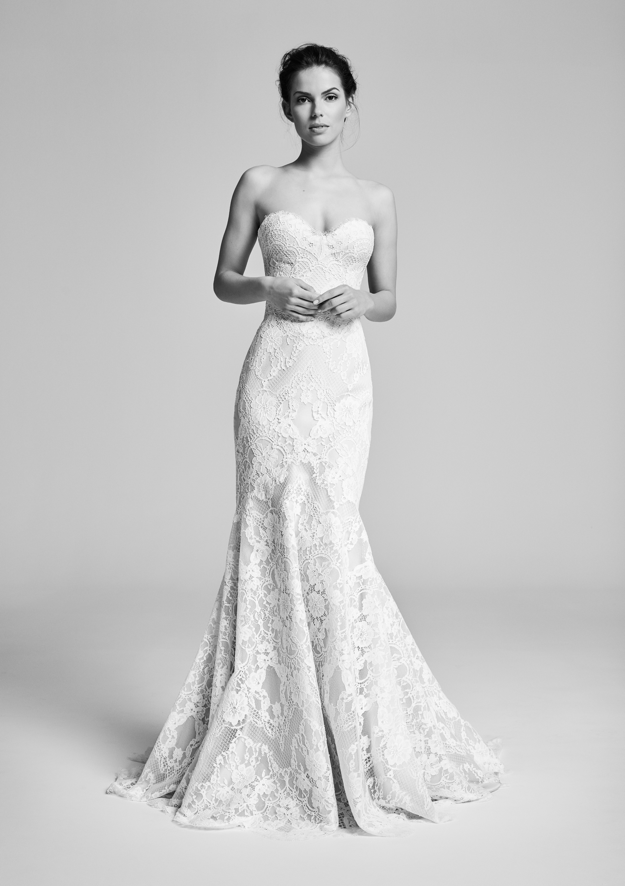 ATHENA  A classic silhouette covered entirely in lace overlay.