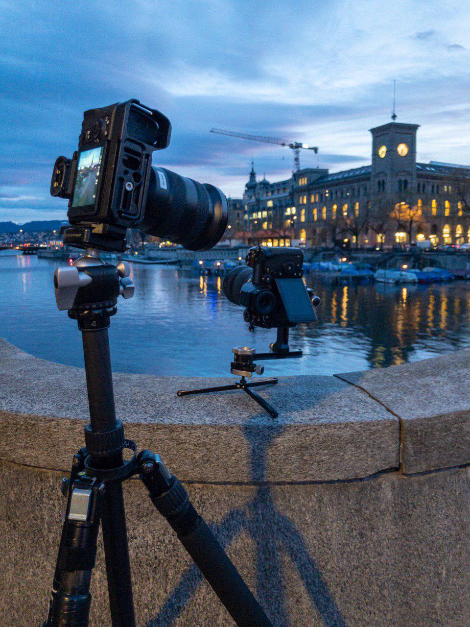 Panasonic Lumix S1R field test Zurich Switzerland swivel screen.jpg