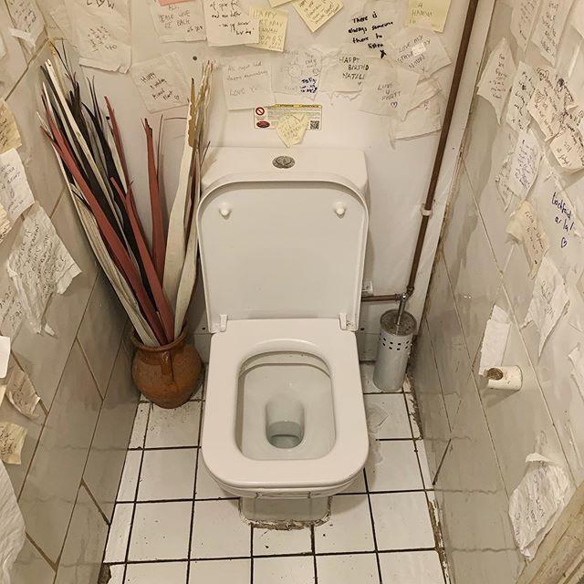 Wow this toilet was intense #toiletcommunity #toiletsofinstagram #toilet #toilets