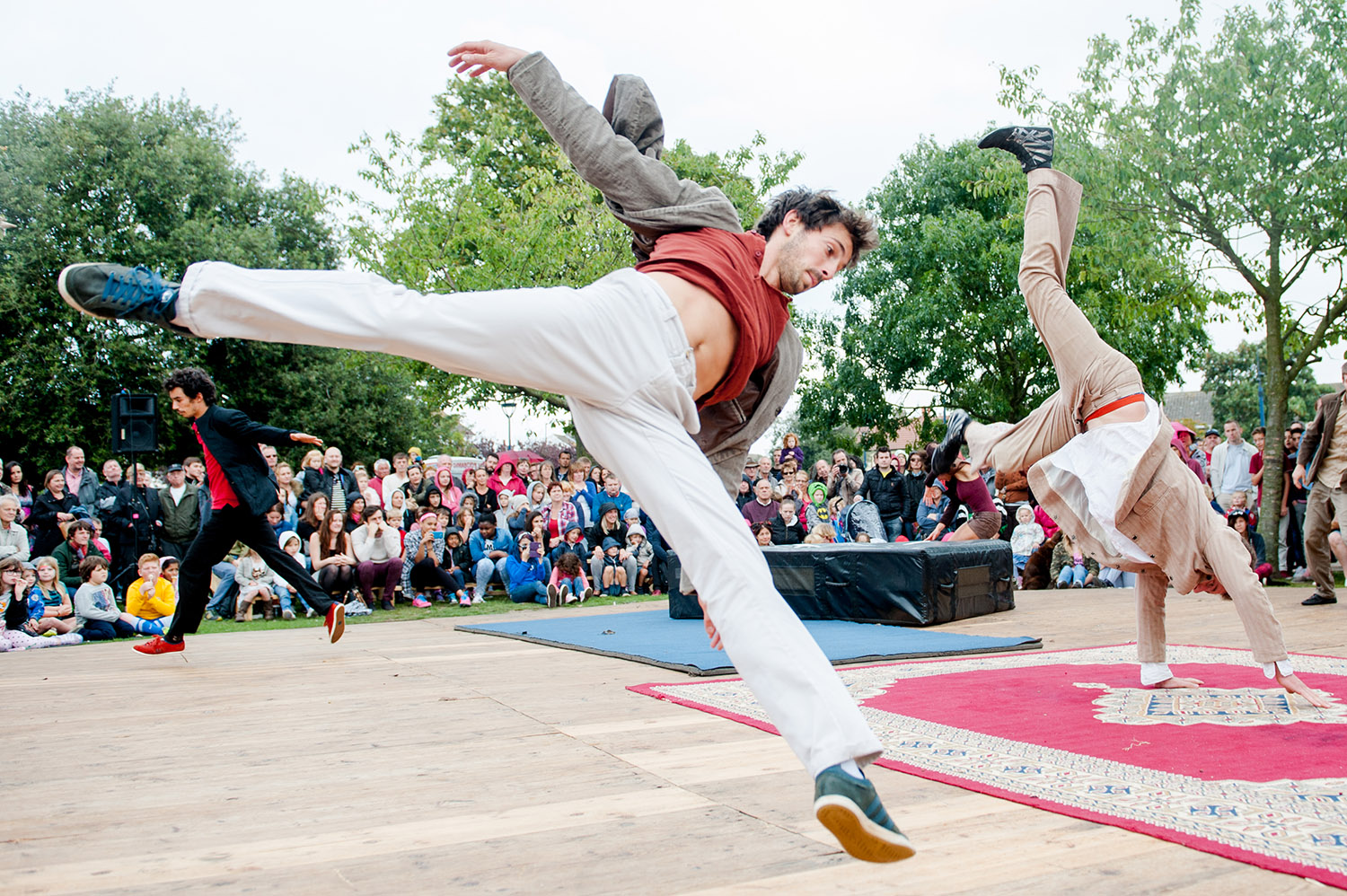 jma-photography-event-dancers-leaping.jpg