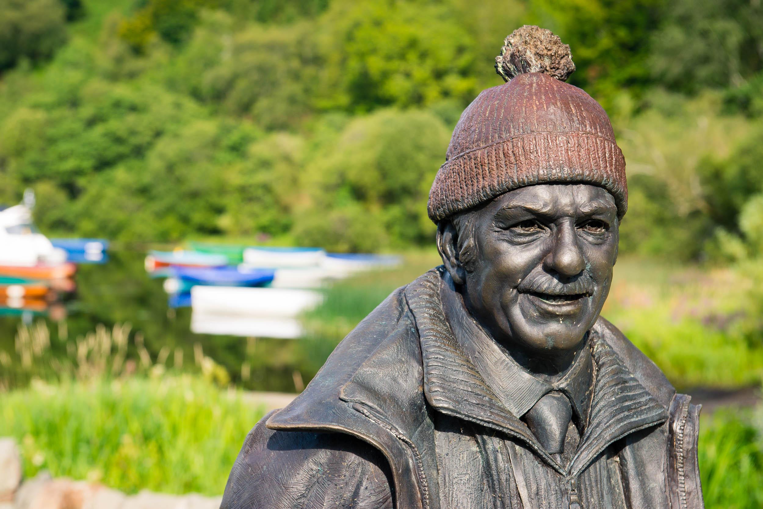 Tom Weir Statue, Balmaha