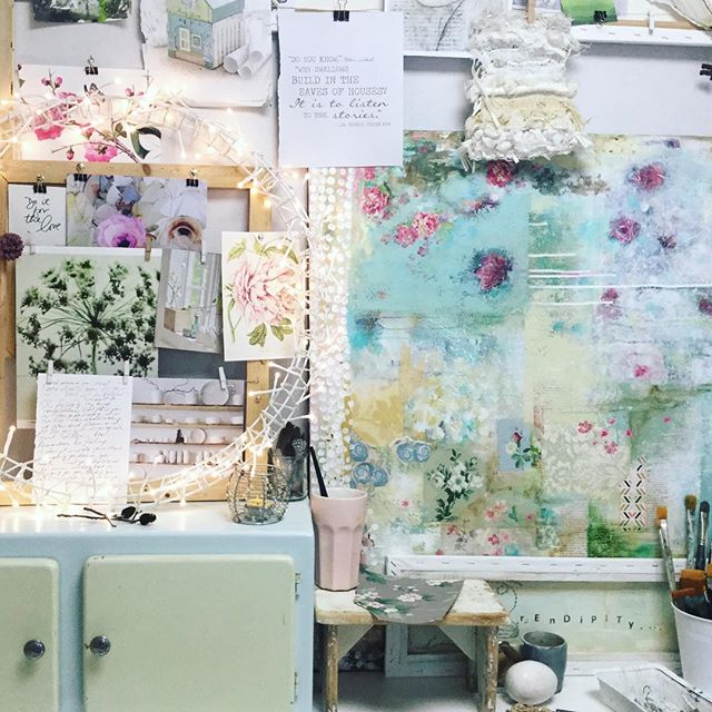Show Your ART painting with laly Mille for Kellee Wynne Studios TrueColors Art Program 18.jpg