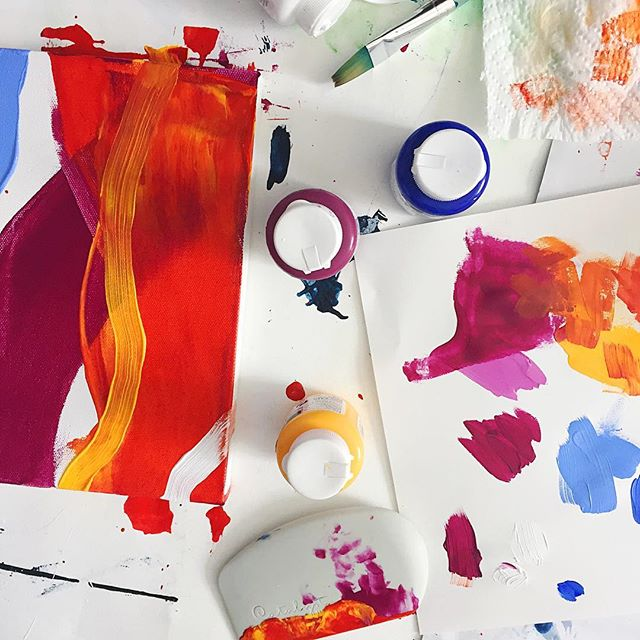 Minimal Abstract Love with Sara Sha on Kellee Wynne Studios supplies 3.jpg
