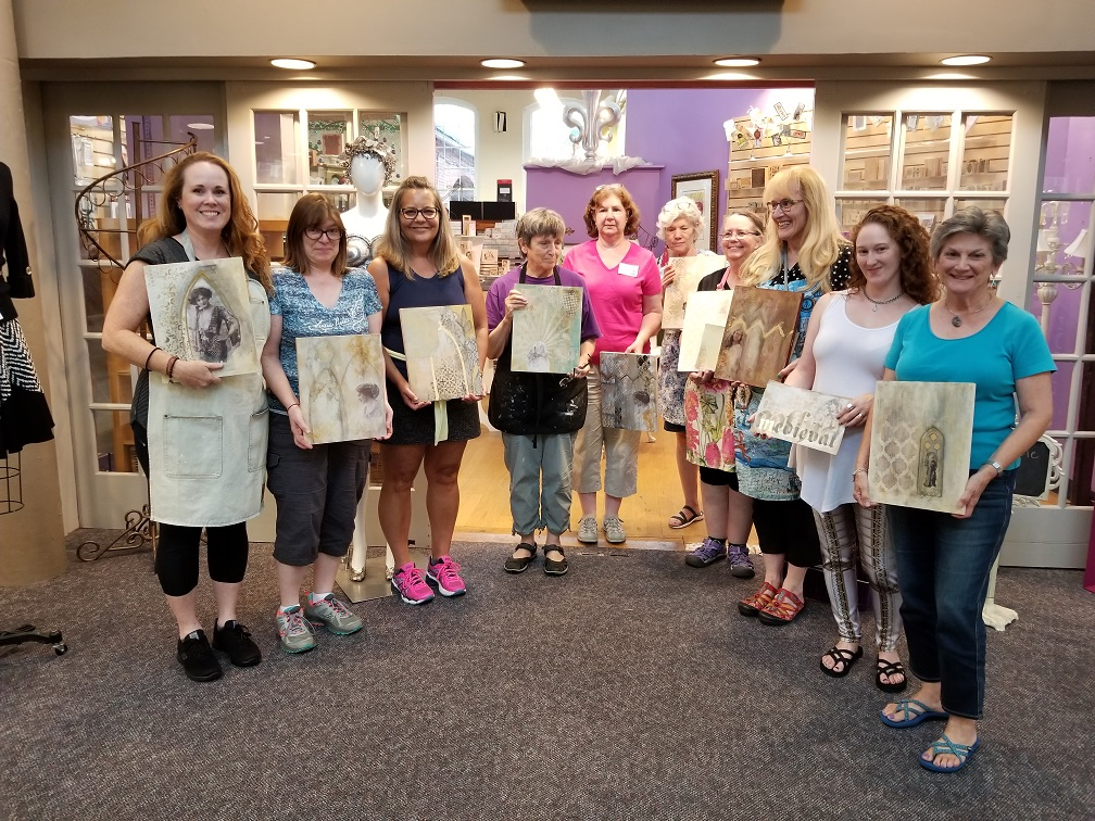 Timeless Arches in Person Class with Kellee Wynne Studios for True Colors Art Program (2).jpg