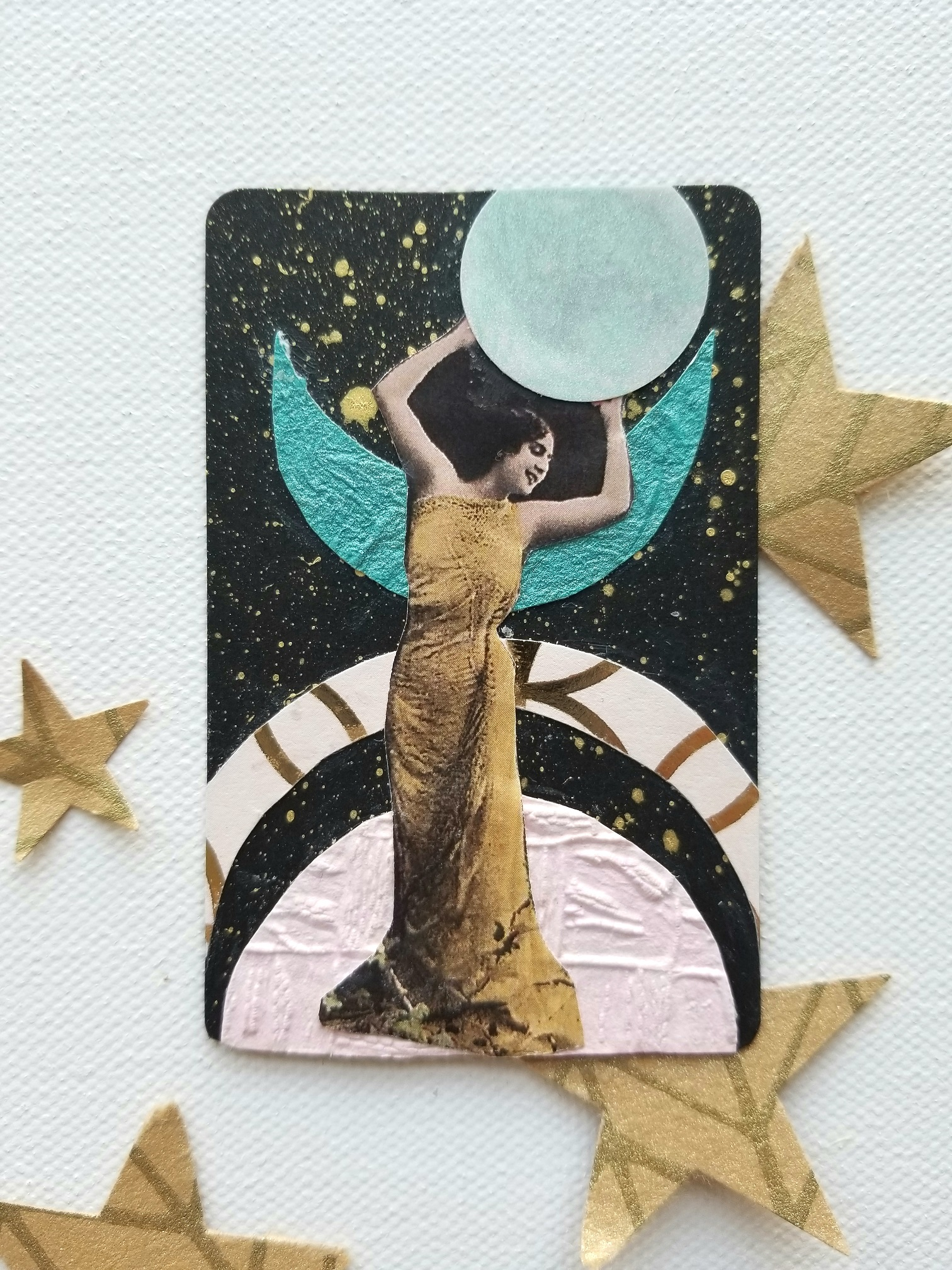 Galaxy Goddesses FortuneART Cards mixed media class by Kellee Wynne Studios (10) small.jpg
