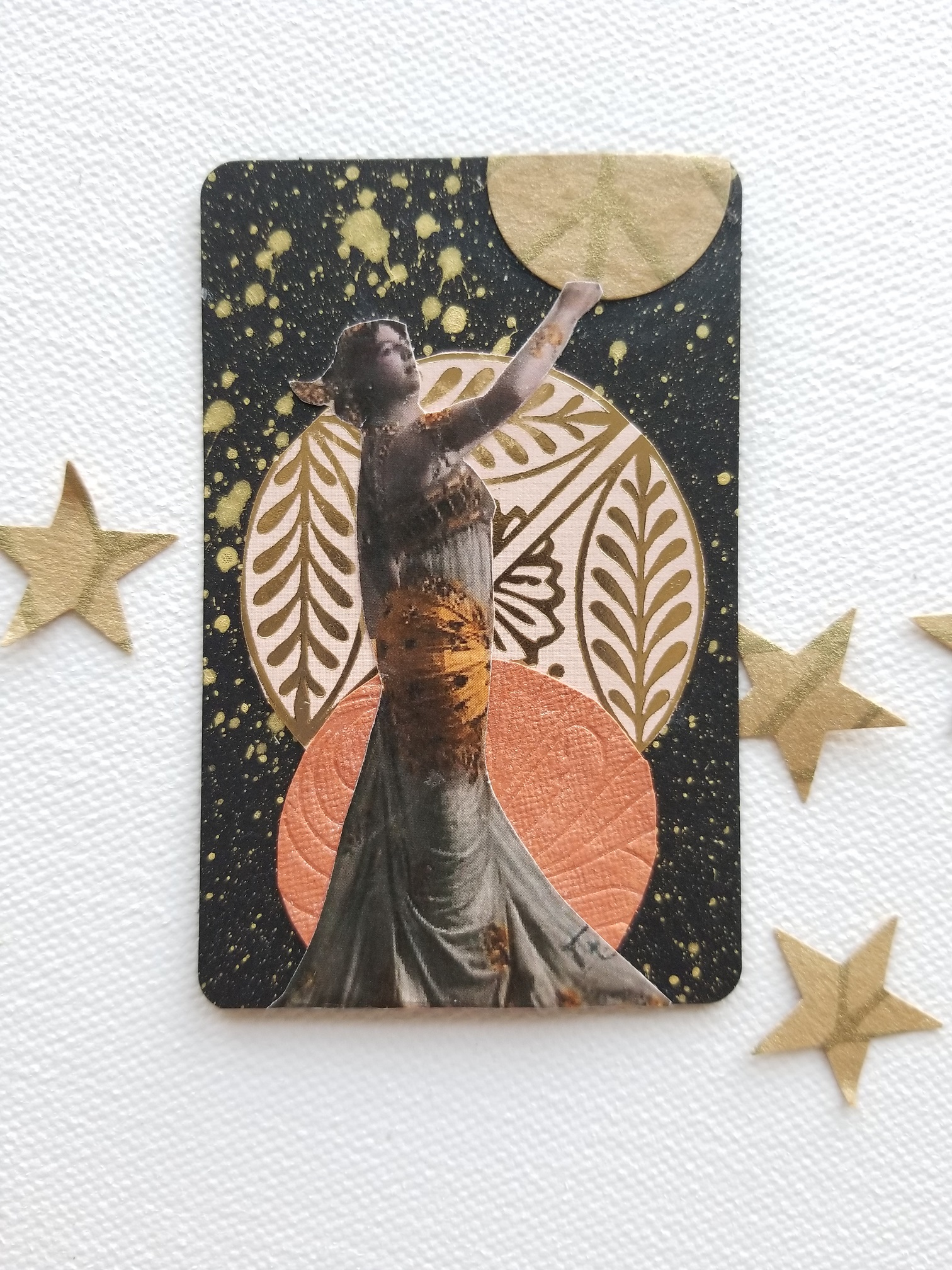 Galaxy Goddesses FortuneART Cards mixed media class by Kellee Wynne Studios (2) small.jpg