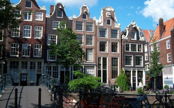 Amsterdam - The faces of an ever changing city