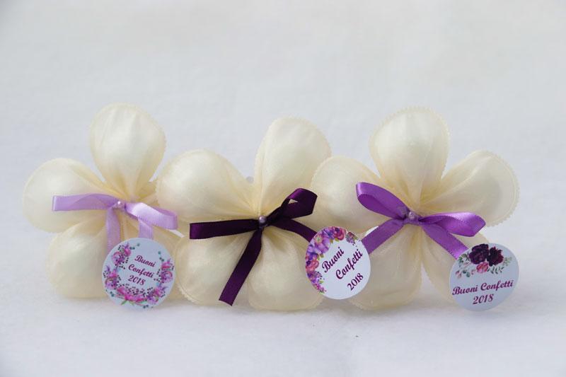 petalas-de-amendoas-laço-simples-bege-R$21.jpg
