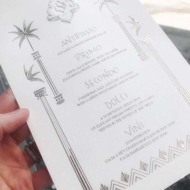 Champagne Engraved menus for a fabulous Gatsby themed 60th Birthday @sugokuiievents @janellesing