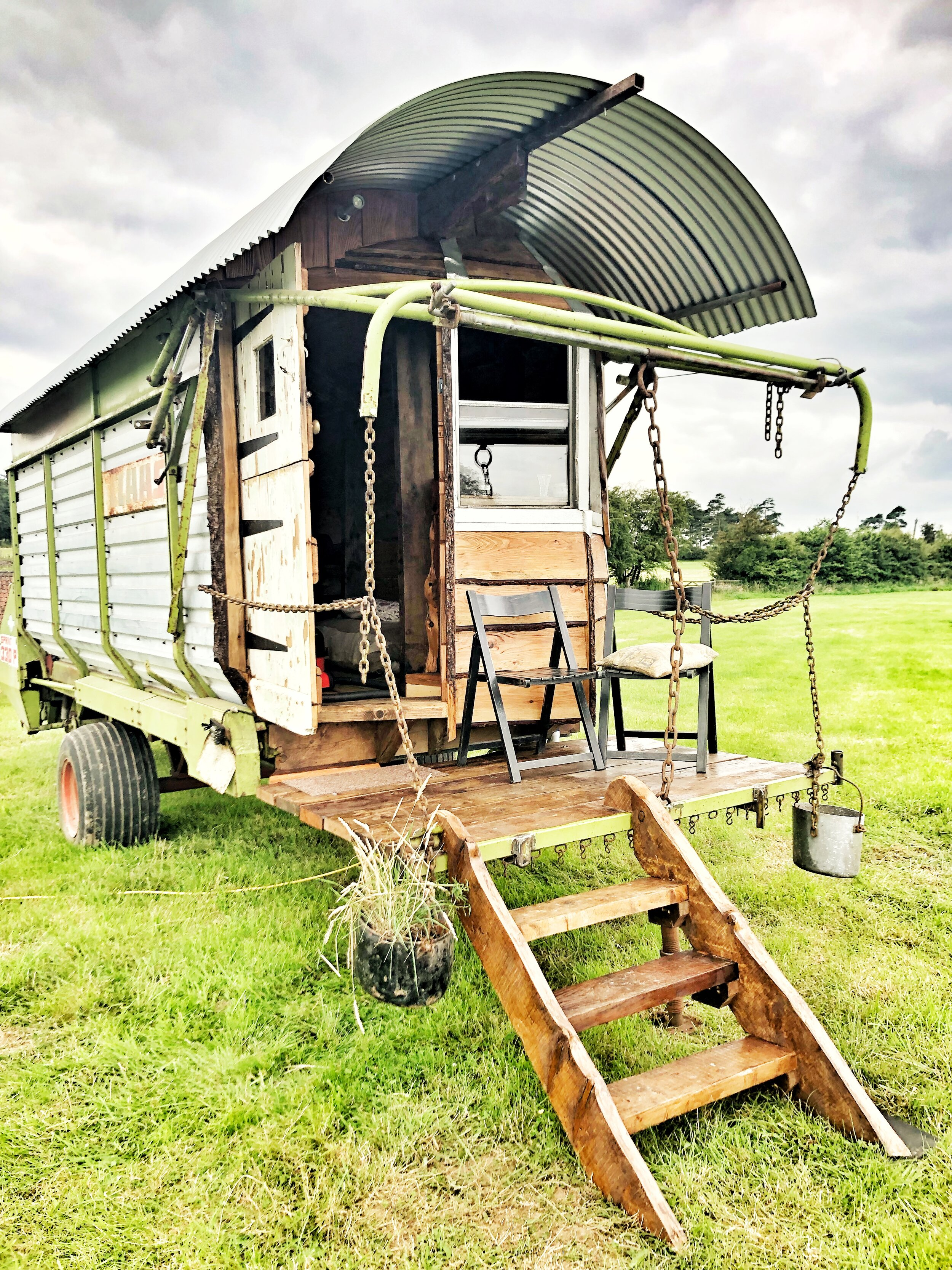 The Wagon … - Our latest addition to the farm is our wagon, once a Claas Forage Wagon, now a beautiful kingsize boudoir with balcony to sip your G&Ts and watch the sunset. Contact - katie@fernhill-farm.co.uk for availability