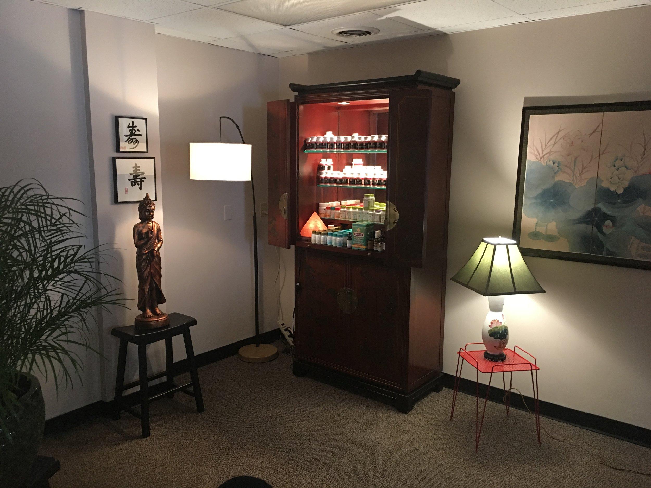 office behind desk nice.JPG