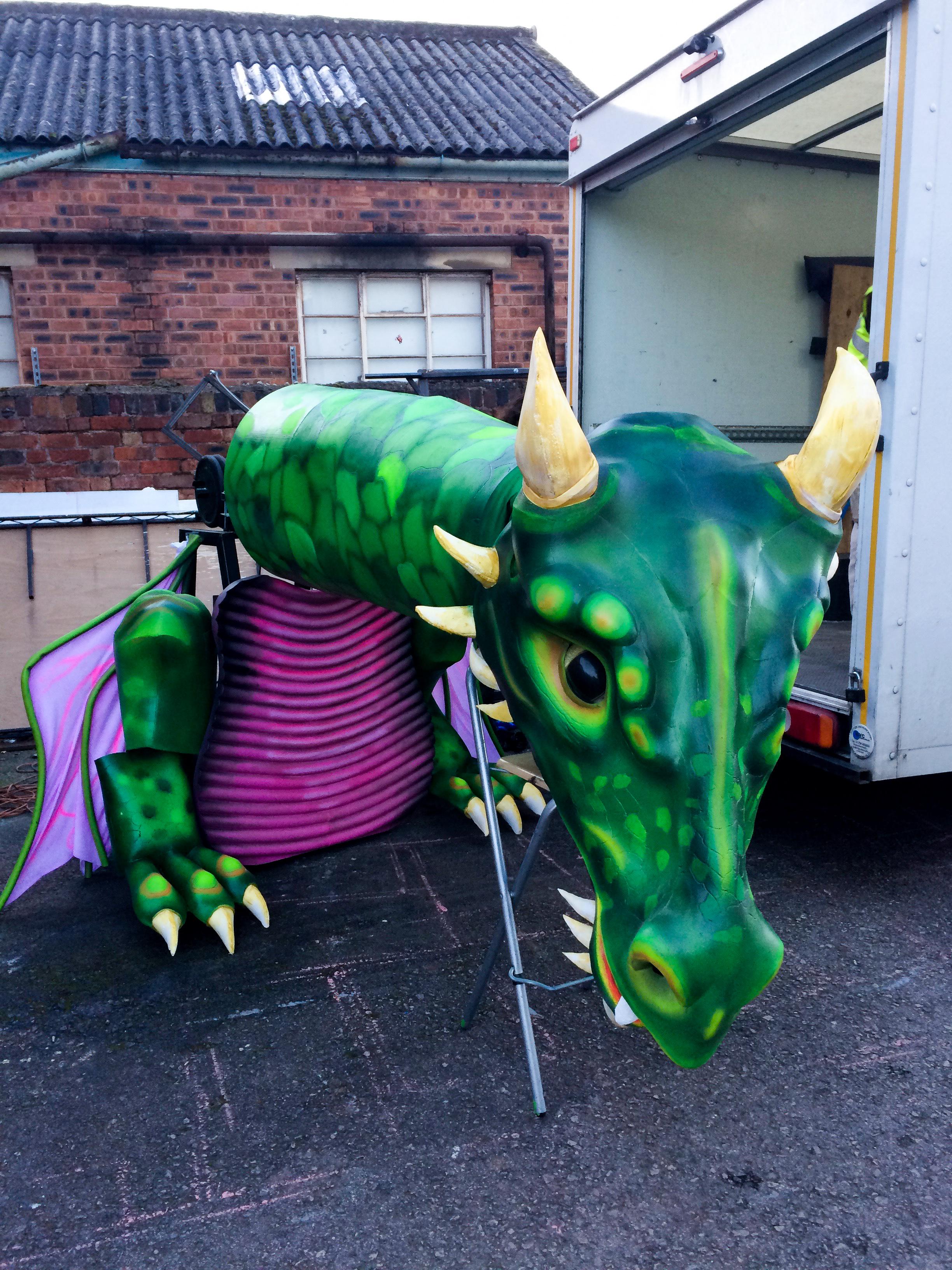 Puppet Dragon 1.jpg