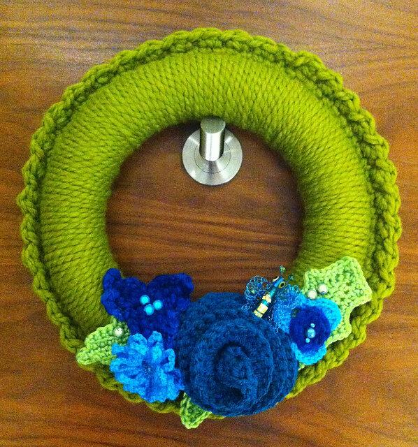 miko-wreath-under-sea.jpg