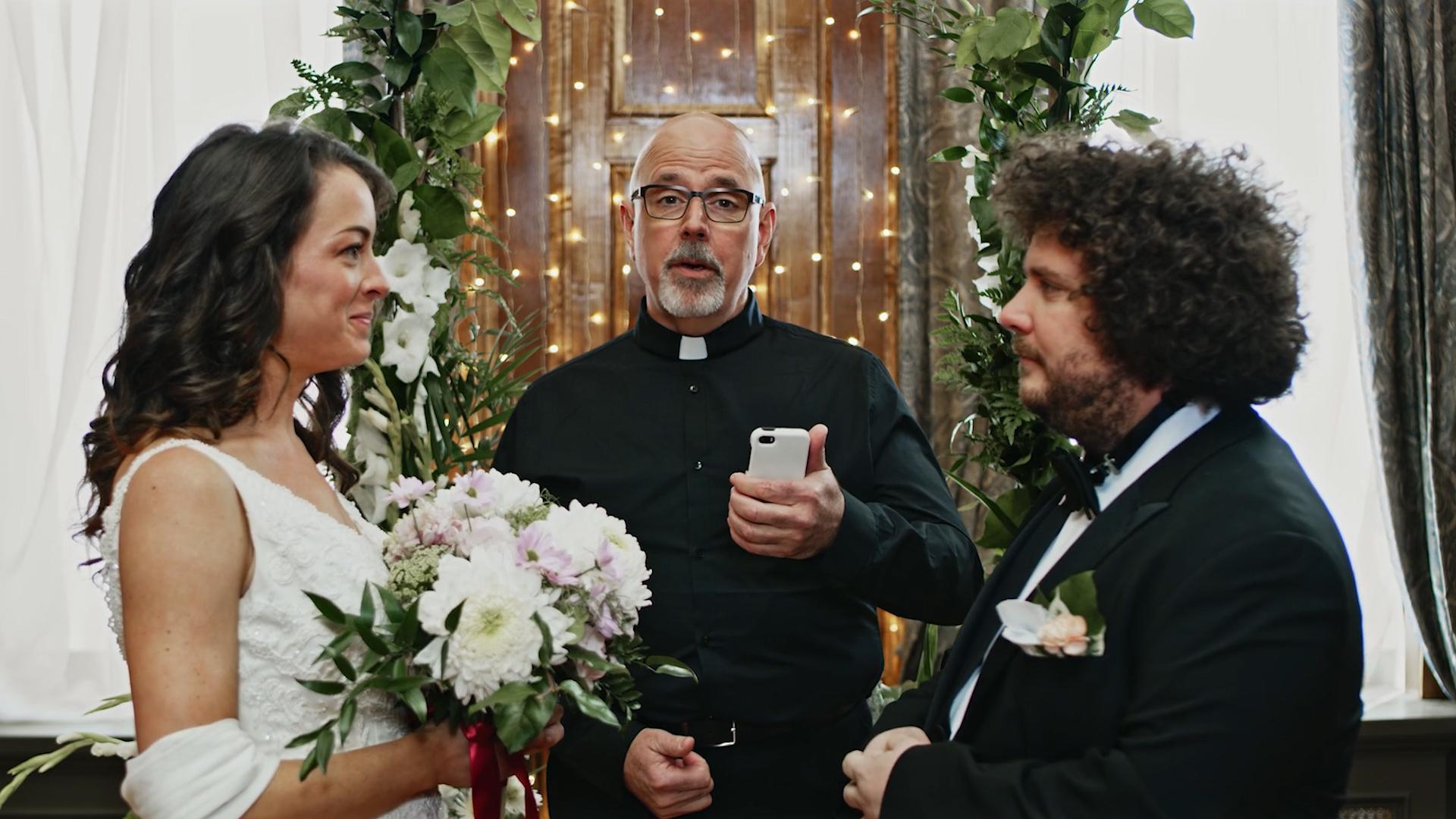 Jewlr.com - Wedding - Director's Cut.00_00_19_14.Still005.jpg