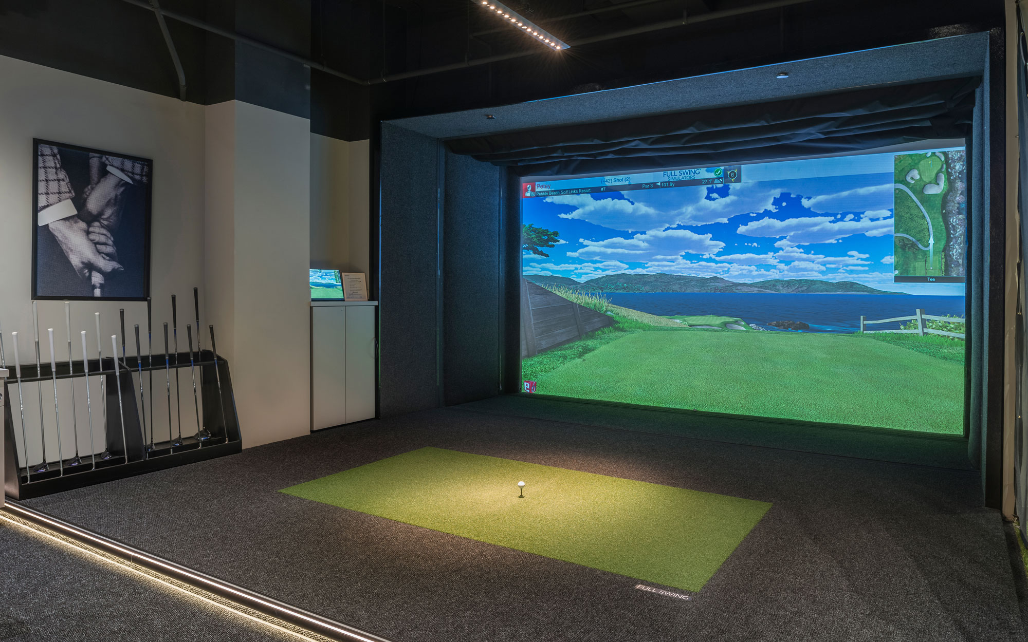 2001 M | Golf Simulator