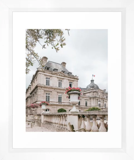 Paris Gardens Architecture.png